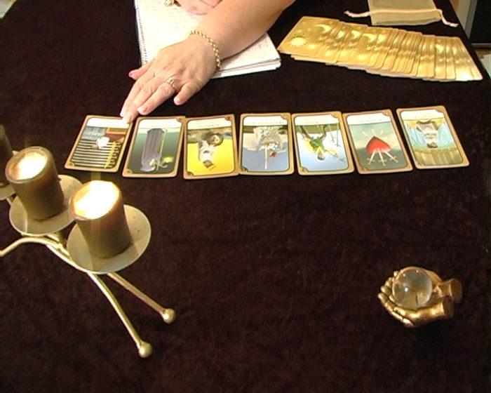 Tarot-cards-candes-journal-pen