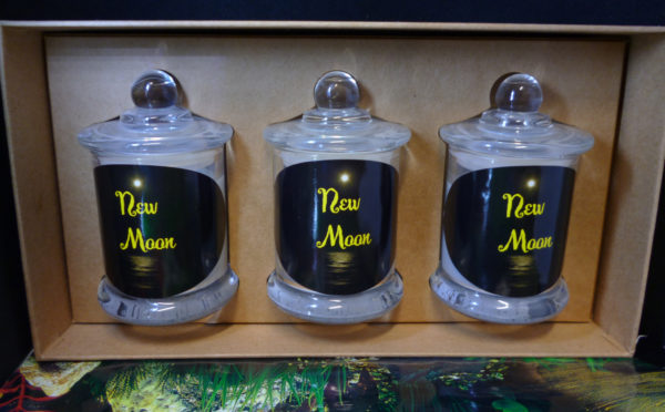 New-Moon-gift-box-set-candle