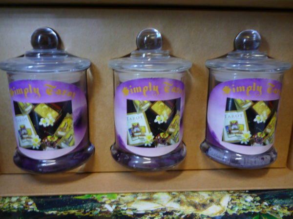 Simply-Tarot-gift-box-set-candles